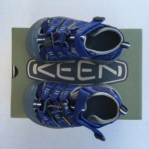 KEEN Toddler All Weather Water Shoes - Size 8